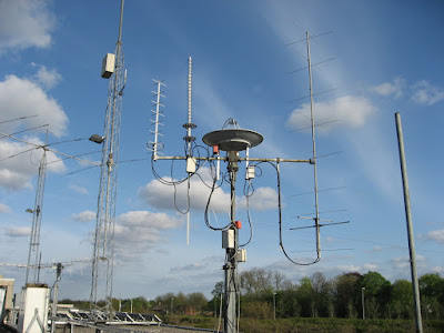 The 90cm dish with the broken Azimuth rotator