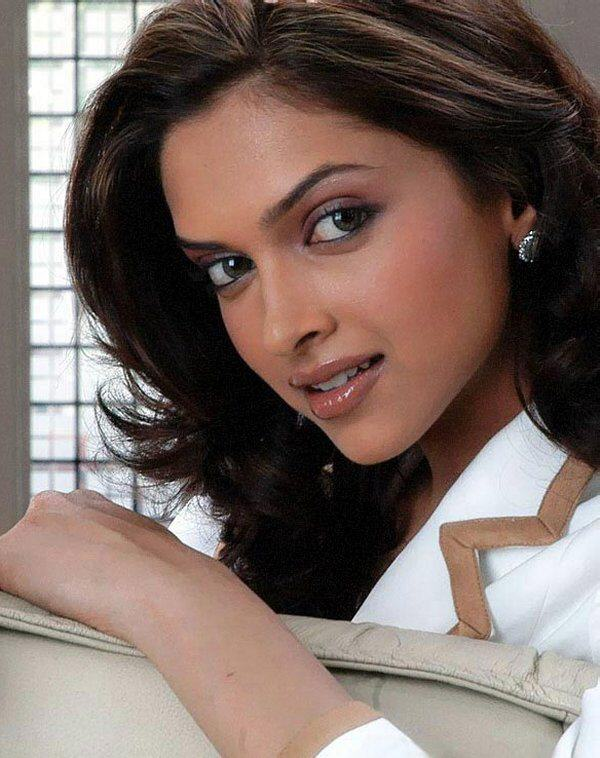 Deepika Padukone: Beautiful Eyes
