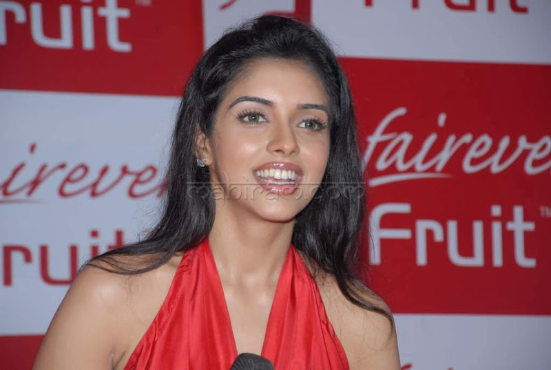 Asin at Fairever Fruit Creme Launch