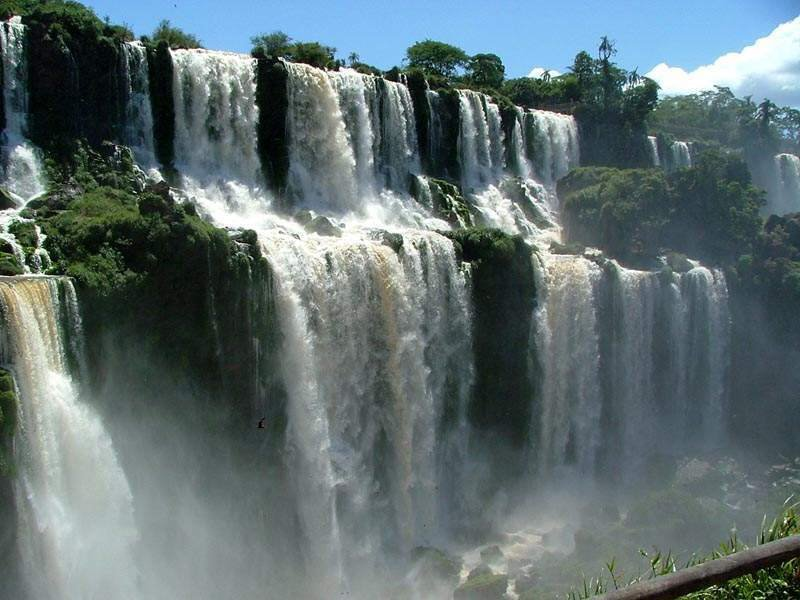 Beauty Of Athirappalli (Indian Niagara Falls) - Vazhachaal In Kerala