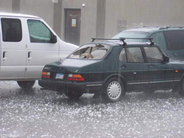 Ever Seen An Ice Rain!!! Hail stones as large as baseballs in Minnesota