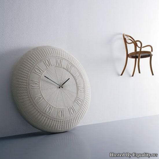 Beautiful and Colorful Wall Clocks