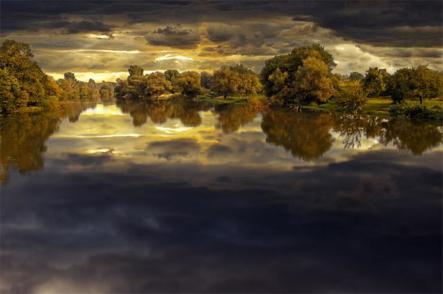 Color of Nature: Shades of Light