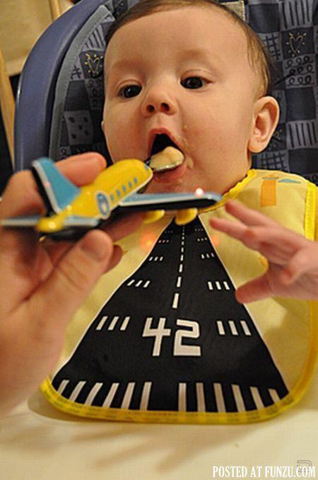 Creative Baby Feeding Idea