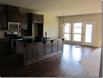 5 kitchen from entryway
