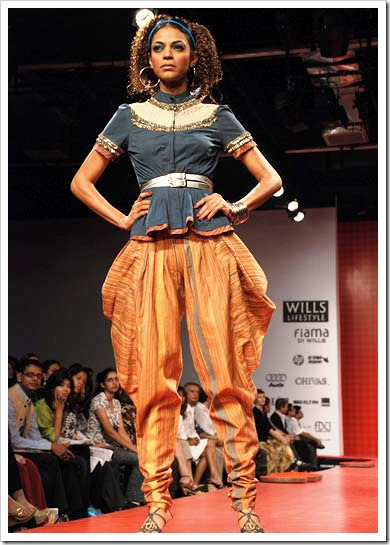 Ritu kumar's summer wear collection at LFW_6