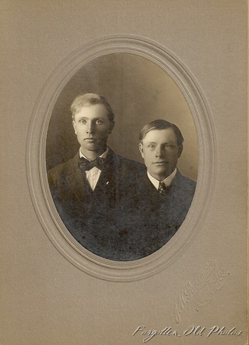 Elmer DL Antiques