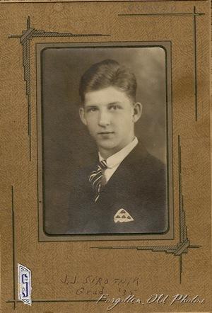 JJ clas of 1935 PR Antiques