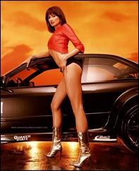Brunette_Model_and_Corvette