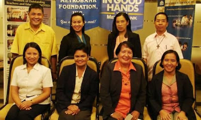 Mrs. Rochelle Papasin (left, seated) of the Philippine Science High School - Southern Mindanao Campus was awarded by Metrobank Foundation as one of the top ten Most Outstanding Teachers in the Philippines.