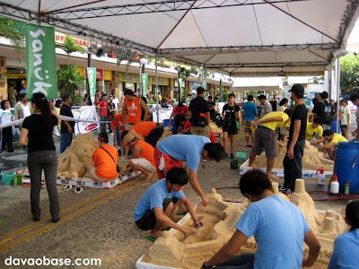 Sanuk Sandcastle Competition in Chimes Davao City: Lots of people, lots of fun!