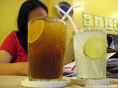 Thirst quenchers at Tiny Kitchen: Chilled lemon with green tea, and Limemonade squeeze