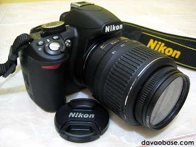 Nikon D3100 with 18-55 VR Lens, up close and personal
