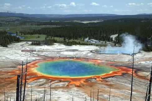 Grand Prismatic Pool 2