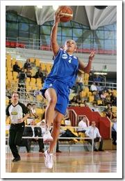 DESCRIZIONE : Roma Lega A1 Femminile 2008-09 Prima giornata Campionato Cras Basket Taranto Club Atletico Faenza GIOCATORE : Adriana Moises Pinto SQUADRA : Club Atletico Faenza EVENTO : Campionato Lega A1 Femminile 2008-2009  GARA : Cras Basket Taranto Club Atletico Faenza DATA : 12/10/2008  CATEGORIA : penetrazione tiro SPORT : Pallacanestro  AUTORE : Agenzia Ciamillo-Castoria/E.Castoria Galleria : Lega Basket Femminile 2008-2009  Fotonotizia : Roma Lega A1 Femminile 2008-09 Prima giornata Campionato Cras Basket Taranto Club Atletico Faenza Predefinita :