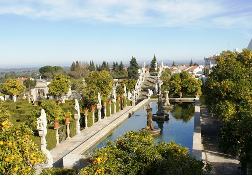 Castelo Branco - Jardim do Paço Episcopal - lago das coroas 1