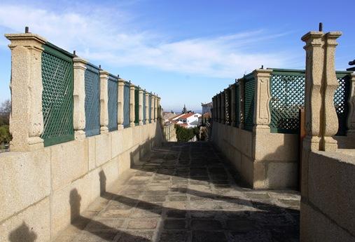 Castelo Branco - Jardim do Paço Episcopal - passadiço