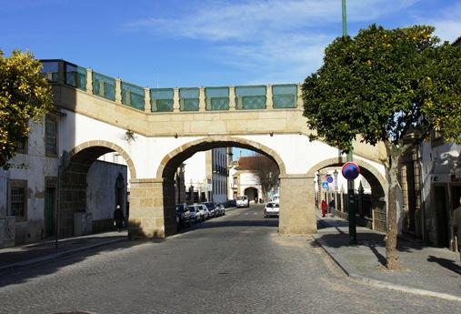 Castelo Branco - Passadiço sobre a Rua Bartolomeu da Costa
