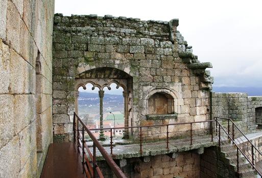 Belmonte - castelo - janela manuelina geminada
