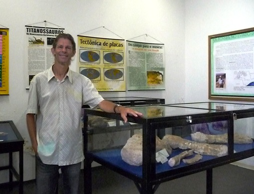 9. Paleotólogo William Roberto Nava - coordenador do Museu de Paleontologia