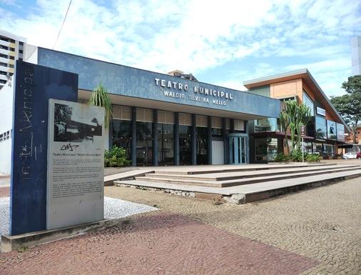 6. Teatro Municipal