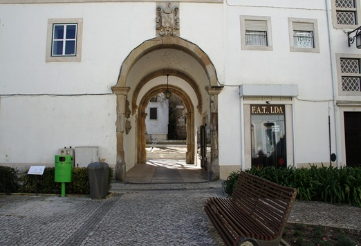 Alcobaça - arco de Cister 1