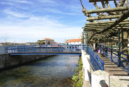 Porto de Mós - rio - espaço jovem