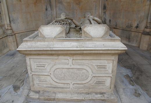 Batalha - Mosteiro de Santa Maria da Vitória- capelas imperfeitas - tumulo