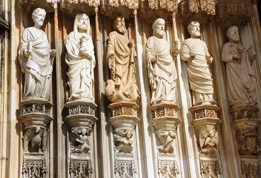 Batalha - Mosteiro de Santa Maria da Vitória - porta da igreja -  detalhe 3