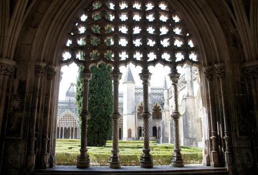 Batalha - Mosteiro de Santa Maria da Vitória - claustro de D. João I 6