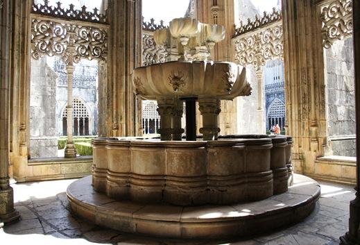 Batalha - Mosteiro de Santa Maria da Vitória - lavabo 1