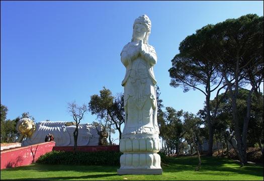 Buddha Eden - buddha  de 10 metros 3