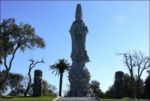 Buddha Eden - buddha  de 10 metros 1