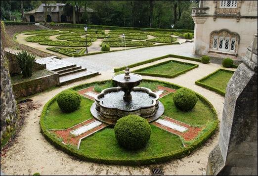 Buçaco - jardim do palácio - fonte