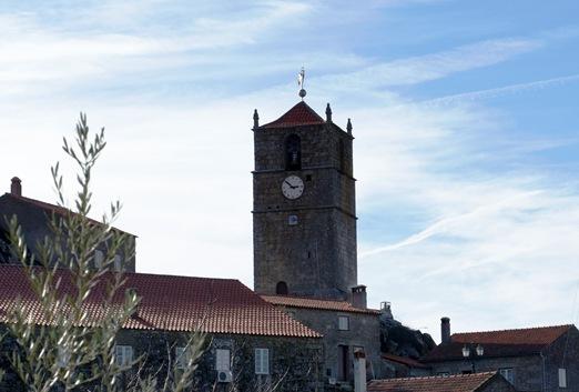 Monsanto - torre do relógio ou de Lucano