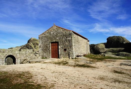 Monsanto - capela de santa maria do castelo 11