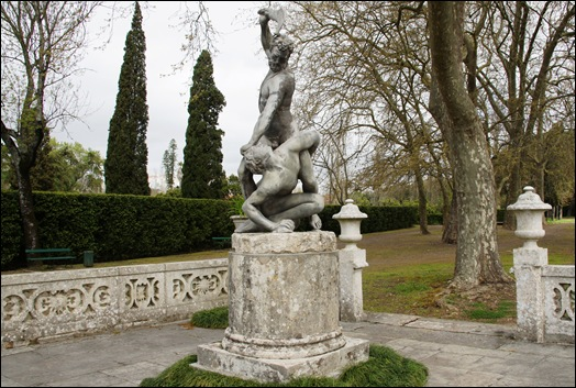 Palácio de Queluz - largo dos Plátanos - Caim e Abel