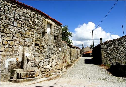 Glória Ishizaka - Vila do Touro - rua d. pedro alvito