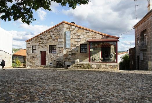 Sabugal - Glória Ishizaka - casa do castelo