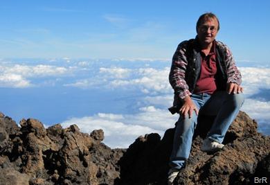 René_hoch_über_den_Wolken