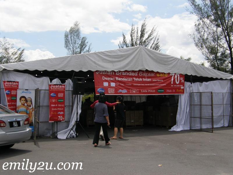 bazaar sale