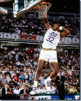 Karl Malone throws it down with one of his signature slams