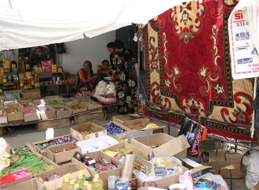 Marché de Khorog, 13 juillet 2007. Photo : Jean Michel