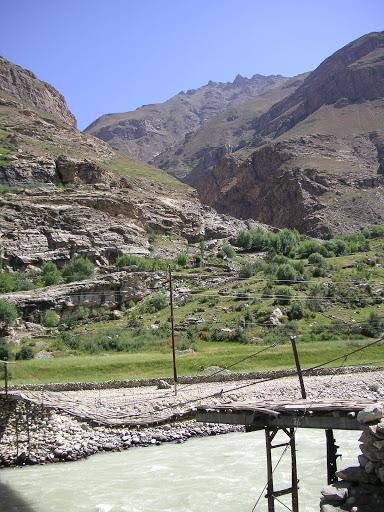 Entrée du vallon de Sangou-Dara, à l'est de Khorog, Pamir, Tajikistan, 31 juillet 2007. Photo : F. Michel