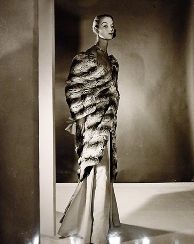 jean-patchett-i-long-fur-cape