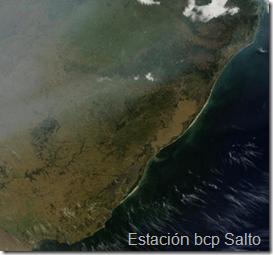 Humo desde Bolivia hacia Uruguay