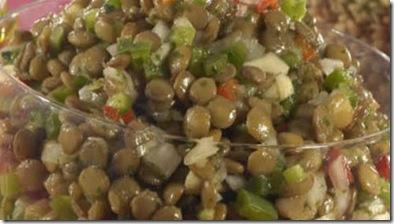 salada colorida de lentilha