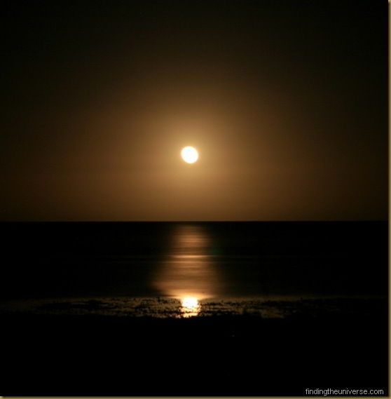 Moon rise, Western Australia