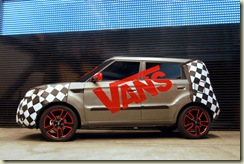 kia-soul-gets-its-emo-on-visits-vans-warped-tour