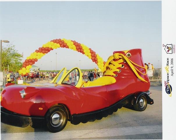 سيارات غريبة مرة فوتو اضحكو واطلعو بس ردو  Shoe+Car%5B5%5D